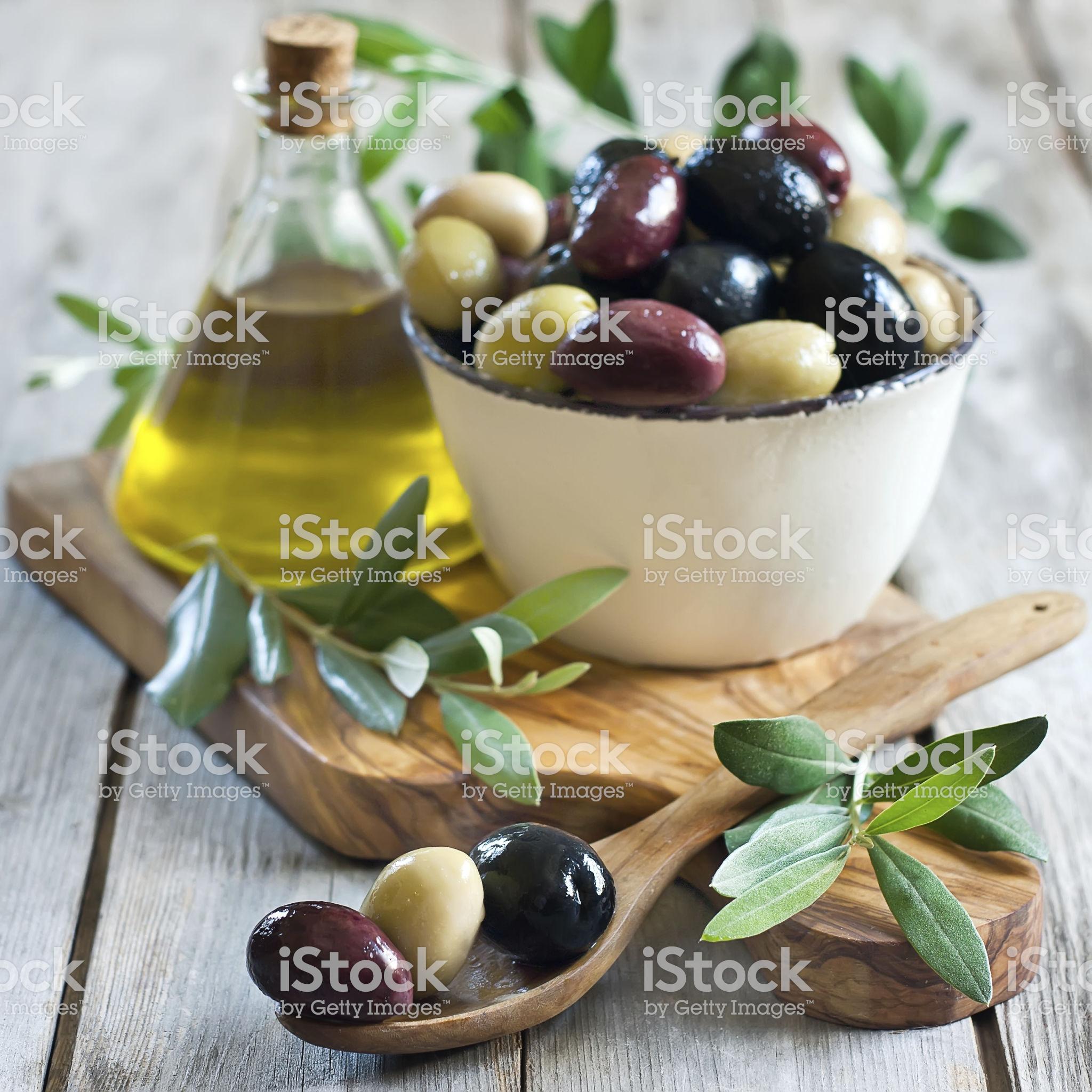 Olivenblatt Extrakt - besser als Olivenöl?